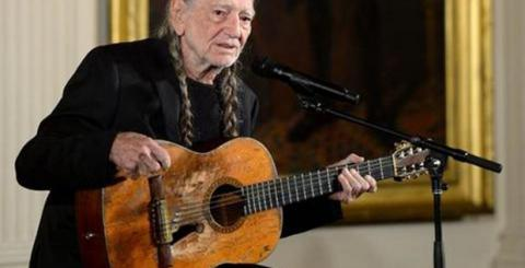 Willie Nelson Smoked A Joint In The White House Infobalkans Com